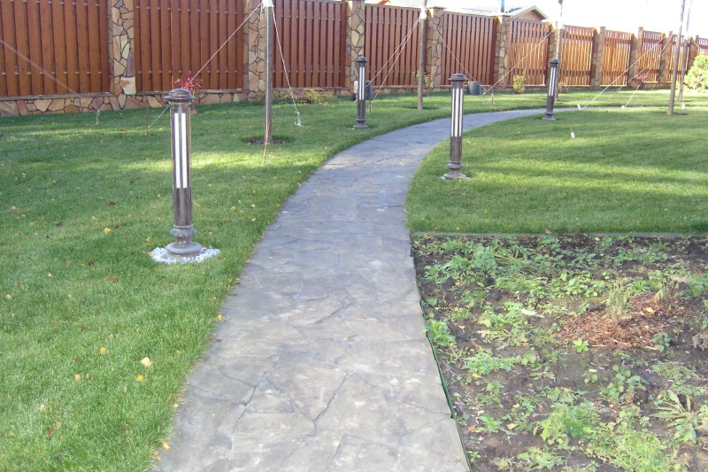 Бетонные дорожки в саду своими руками фото 98